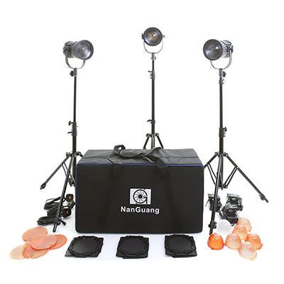 Image of NanGuang LED 3H Fresnel Light Kit